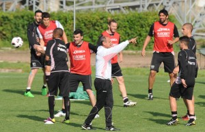 Citta+di+Palermo+Training+Session+Fgo_DJW95GDl