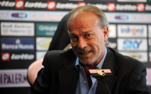 PALERMO, ITALY - NOVEMBER 24:  Walter Sabatini Sport Manager of US Citta di Palermo answers questions during a press conference  at Stadio Renzo Barbera on November 24, 2009 in Palermo, Italy.  (Photo by Tullio Puglia/Getty Images) *** Local Caption *** Walter Sabatini